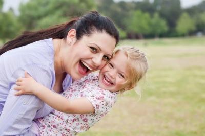 10 ötlet anyák napjára kézlenyomatokból