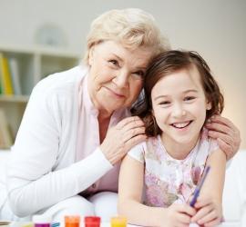 Versek a nagyinak – nagymamás versek anyák napjára