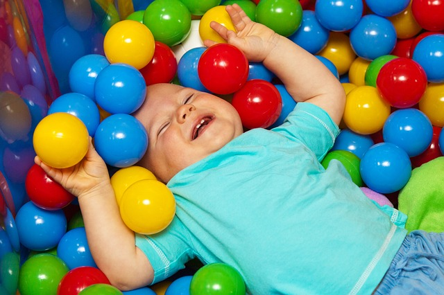 Játsszunk a labdával! Labdás játékok ovisoknak.