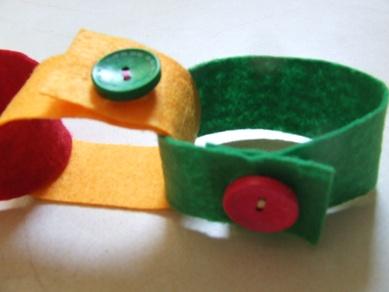 Gombolgatós játék – finommotorika fejlesztő játék ovisoknak